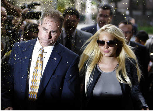 Lindsay Lohan's glitter perp walk of fabulosity