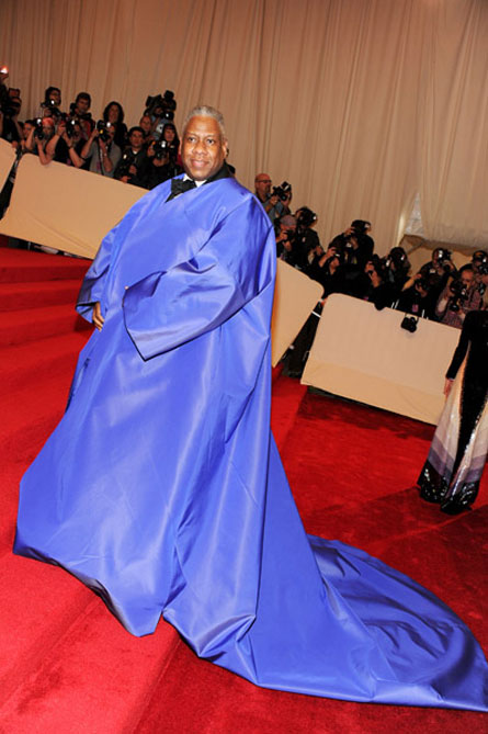 Andre Leon Talley wears Kate Middleton's bathrobe