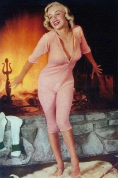 Marilyn is hot